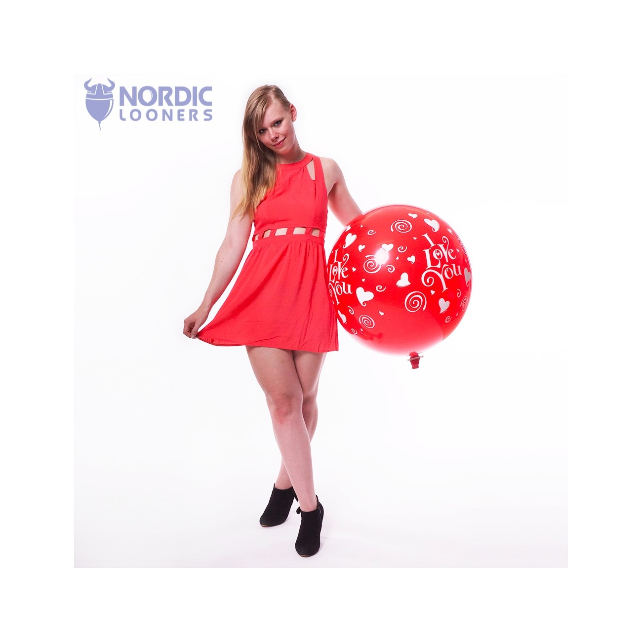 """Qualatex 36\\"""" I love you ruby red #28188 47,76 DKK Nordic Looners"""
